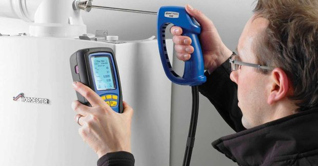 Taking Gas Readings with Flue Analyser