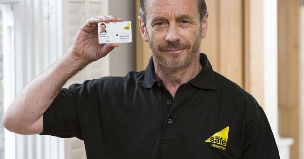 Gas Safe Engineer Showing Card